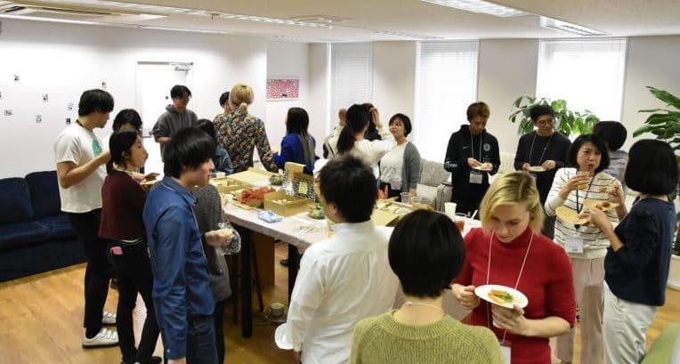 【体験入社事例】株式会社Lang-8、食事会